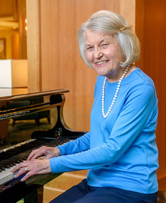 Resident Joan Winden keeps music at the center of her life at Vi at Palo Alto