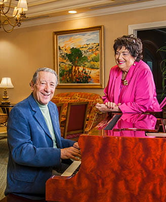 Vi at Aventura Residents Continue to Share a Life of Music